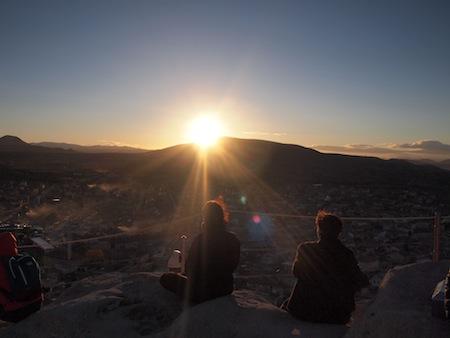 ウチヒサルの城塞からみた夕陽