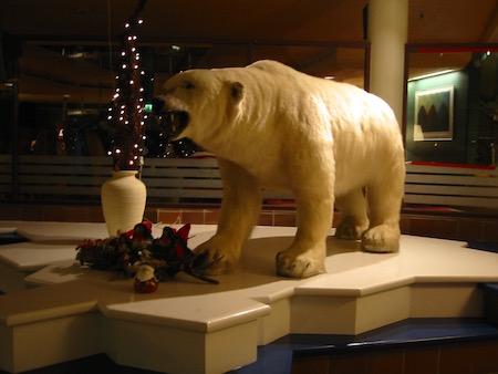 SCANDIC HOTELの白熊