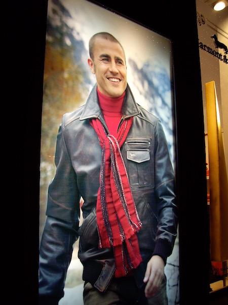 ファビオ・カンナバーロHarmont&Blaineの広告フィレンツェのHarmont&Blaineのお店にて