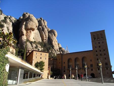 この大聖堂にラ・モレネータはいらっしゃいます