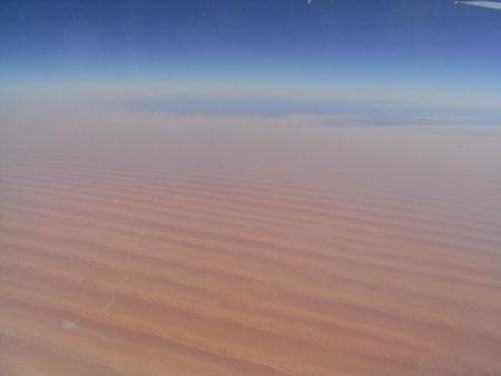 サウジアラビア(多分)の砂漠