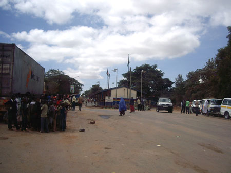 タンザニアとの国境の街ナマンガ