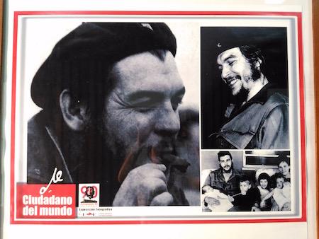 チェ・ゲバラの写真がたくさんあります