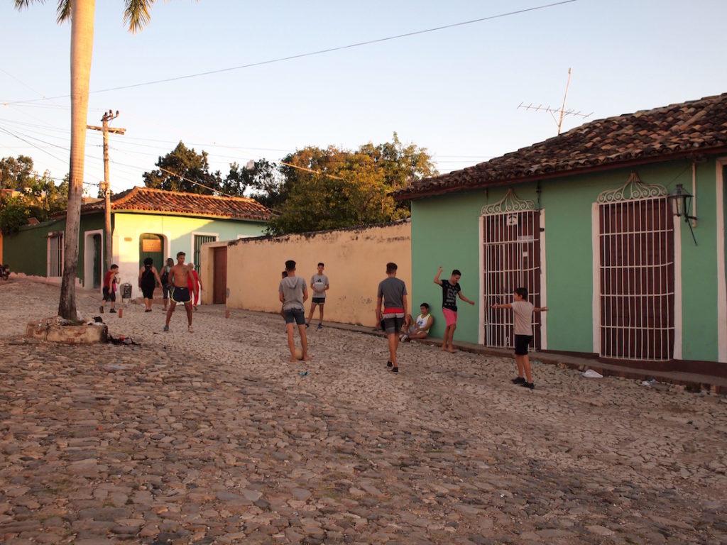 野球大国キューバでもサッカーは人気