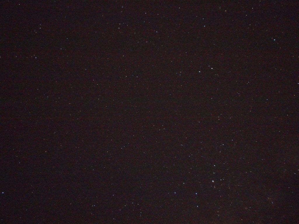 満天の星空だけど、写真だと迫力が伝わらない・・・