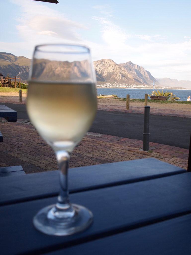 南アフリカ名物白ワイン